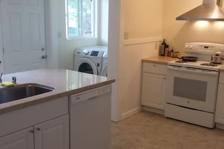 Room type: Shared room Bed type: Real Bed Property type: House Accommodates: 1 Bedrooms: 1 Bathrooms: 1
