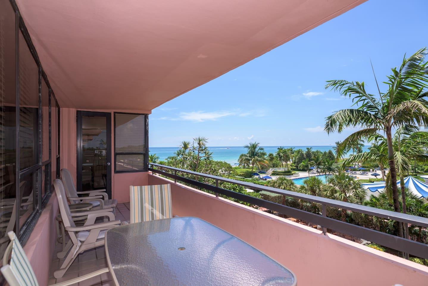 603 LOW PRICED Beachfront w/View