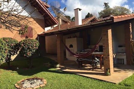 Chalé Toscana - Dağ Evi