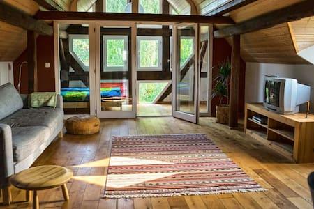 Dachwohnung im Wohnhof - Lahntal