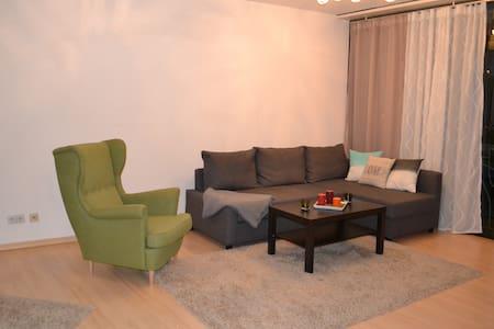 Bright studio flat in Charlotenburg - Appartement