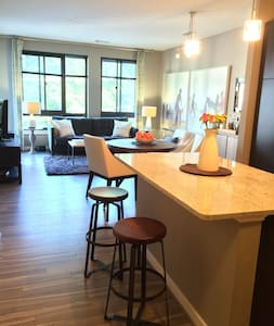 1 Bed Clarendon, Courthouse, Roslyn - Appartement