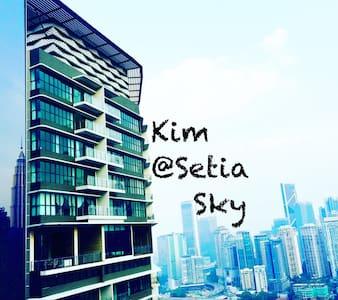KLCC VIEW SetiaSky27  100MbpsWIFI - Appartamento