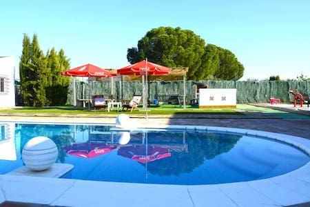 Holiday villa in Seville Province - House