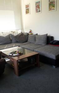 Schöne 2-Zimmer Wohnung mit Balkon - Appartamento