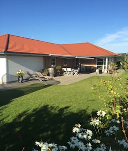 Attractive family villa - Gadstrup