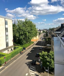 Charming Penthouse with big balcony, Limpertsberg - Luxembourg - Apartment