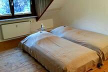 Große Wohnung mit Küche + Bad