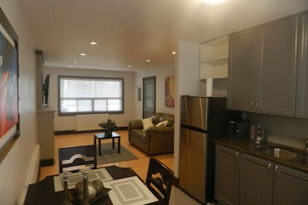Conveniently located Apartment - Toronto