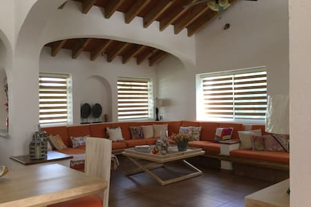 Una casa para tí en el mejor lugar...Morelos - House