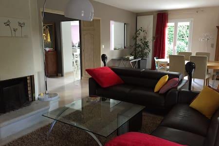 Maison familiale proche Disney - Favières