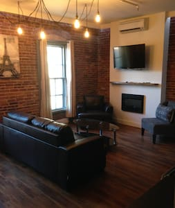 Modern Upscale 1 Bedroom in Uptown Saint John - Saint John - Apartment