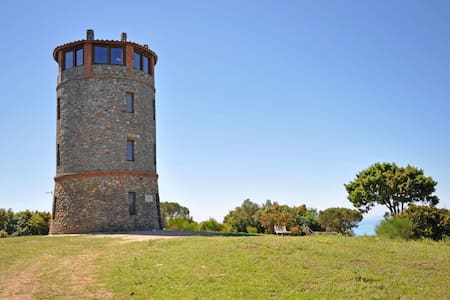 Torre Rivolta, sleeps 5 guests in Talamone - Orbetello