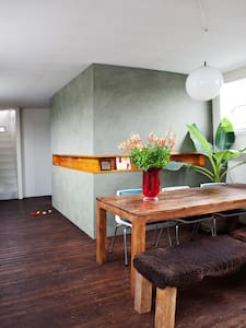 Great well styled houseboat - Hajó