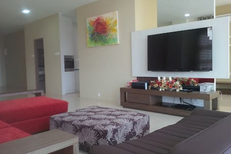 2 Bdr Luxury Condo in Kuching