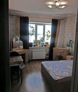 Сдам комнату на длительный срок - Appartement
