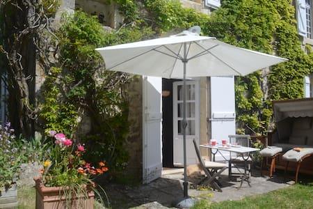 Gite Getaway in Sunny Serignac - Other