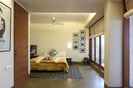 terrace apartment in south mumbai - Apartment