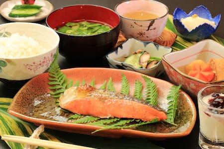 Including 2 MEALS. Yakushima South.【 民宿nicoichi 】 - Yakushima-chō - Bed & Breakfast