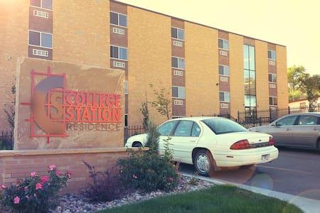 Clean & Affordable Dorm Room - Rapid City - Dortoir