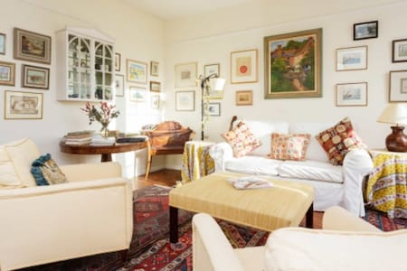 Gorgeous EarlsCourt Flat Central LD