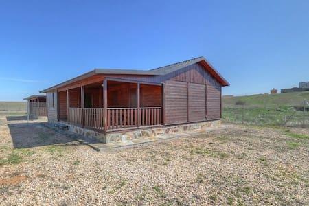 Casa de madera a 7 KM de Salamanca. - Pelabravo - Hus