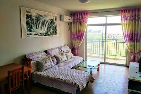 烟台海阳凤城度假区万米金沙滩一线海景观海套房 - Yantai Shi - Apartamento