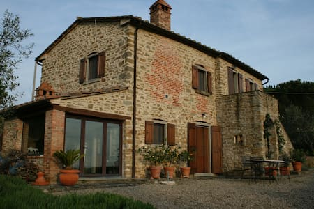 700 year old restored tuscan home - Cortona - Rumah