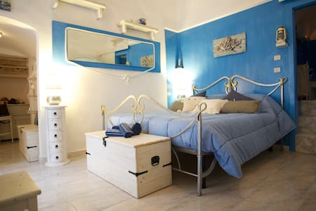 IL NIDO AZZURRO: Your Romantic BLUE NEST Old Town - Vieste - Apartment