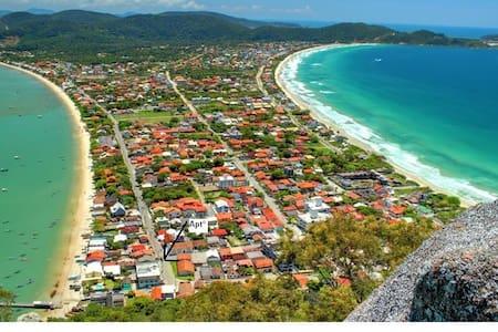 Praia do Canto Grande- Bombinhas SC - Bombinhas