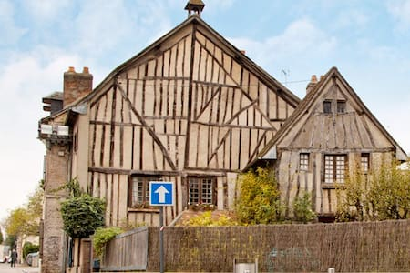 Fairy House - Louviers - House