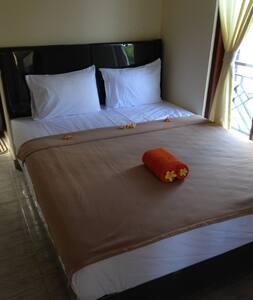 cebluk sari home stay - Ubud