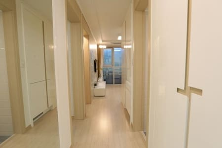 2 Seperate rooms with fantastic view Hongdae 5 min - Apartment