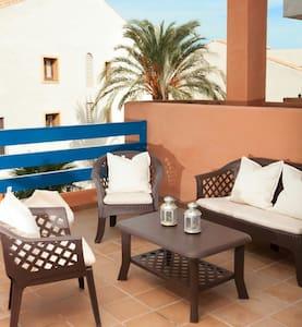 Duquesa Suites Golf & Gardens - Sabinillas, Manilva - Apartamento