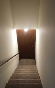 Quiet Basement in Private Apartment - Salina - Apartment