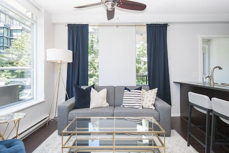Georgeous Yaletown Condo with huge Patio - Vancouver - Daire
