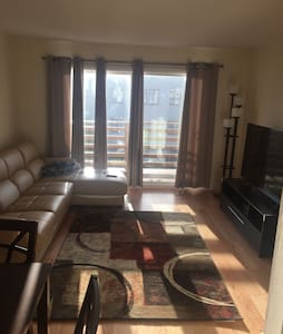 2 BR / 1.5 Bath in Great Area- New! - San Francisco - Apartment
