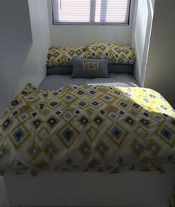 Modern spacious studio apartment - Barkston - Pis