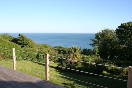 Sea view bungalow Tenby Pembroke - Bungalow
