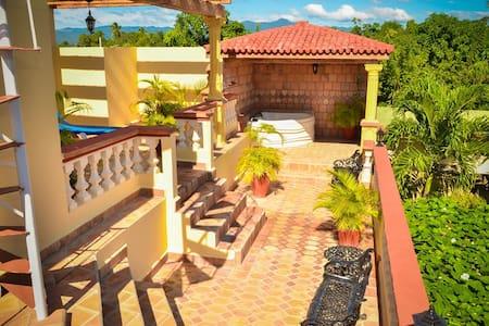 Hostal Villa Dalia - Habitación 3 - Casilda - Maison
