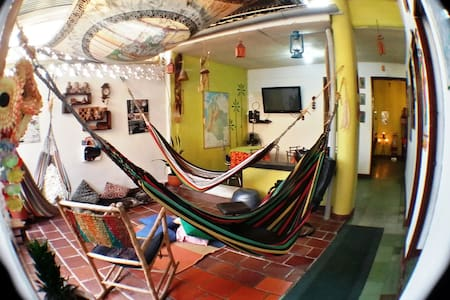 HOSTEL SAN GIL- COLOMBIA RENTA CAMA - Bed & Breakfast