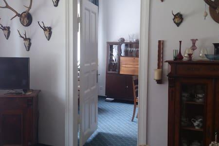 Wohnung mit Stadtgarten und Stellplatz - Piso Inteiro
