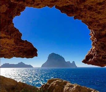 TWO SEAS, BEAUTIFUL DUPLEX, 4 TERRACES, SEA VIEWS - Sant Josep de sa Talaia - Lyxvåning