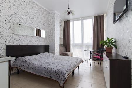 Морские апартаменты «Светлана» - Σότσι