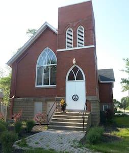 The Church on Wellington - Saint Thomas