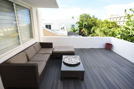 Cozy TERRACE in SOUTH BEACH! - Daire