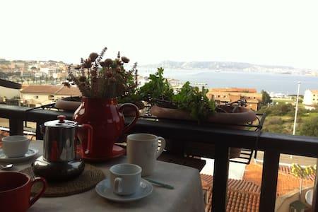 A gorgeous view over Palau harbor, Casa Renato - Apartment
