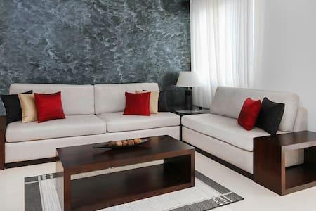 Colombo City Centre Lotus Apartments - Colombo
