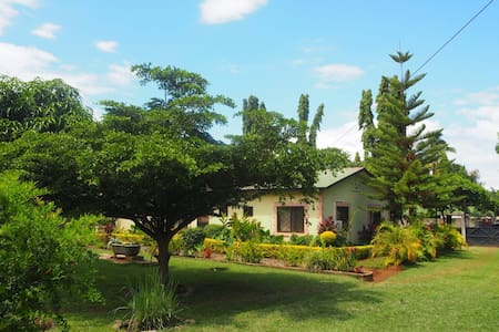 KILIMANJARO GRAND ANNEX - Bed & Breakfast