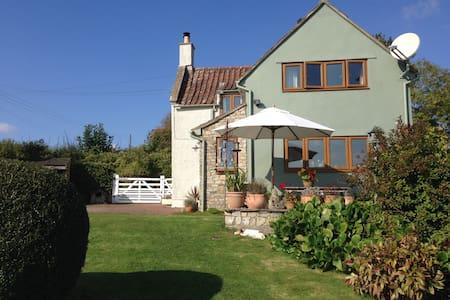 Quiet country cottage, close to Bristol & Bath - Winford - Casa